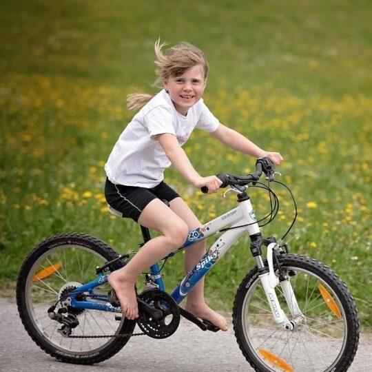 1-bambino-in-bici-1513848050
