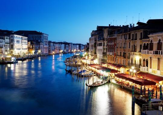 1-venezia-canal-grande-1496828451